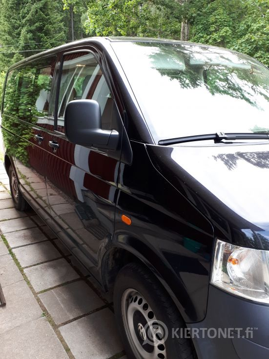 Hyväkuntoinen musta 4D VW TRANSPORTER SHUTTLE MPV 2.5TDI