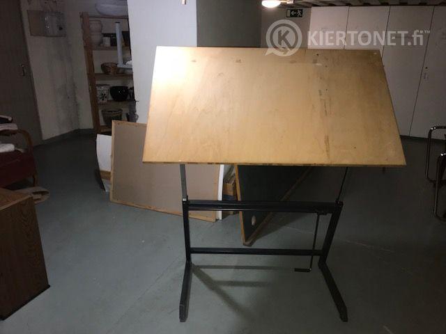 Piirtopöytä 120 x 70 cm
