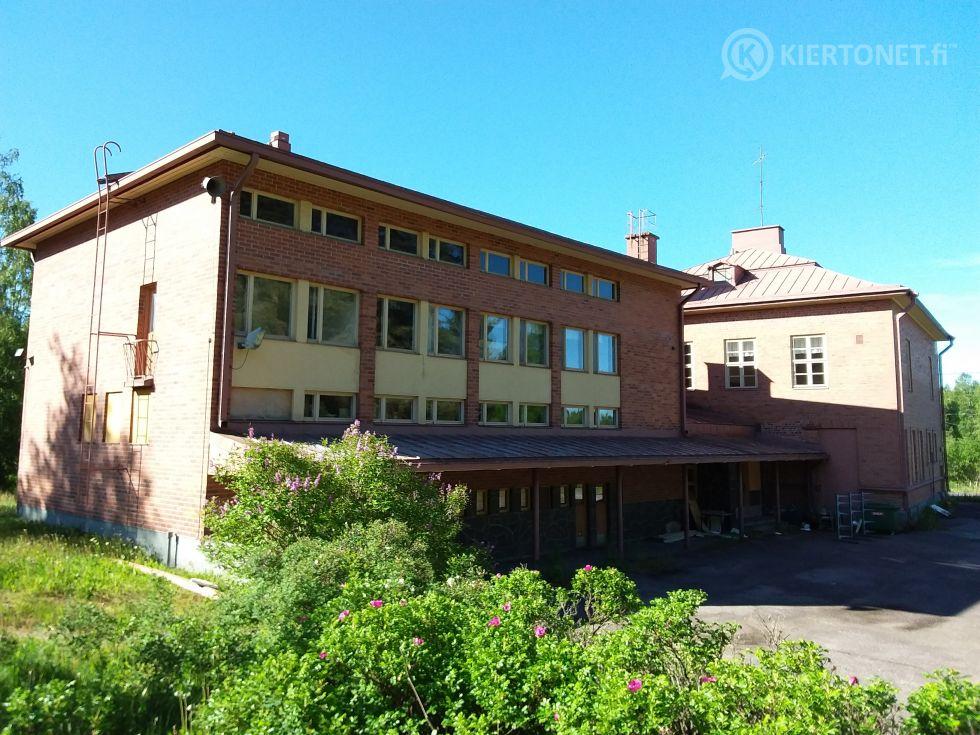 Majalan koulu