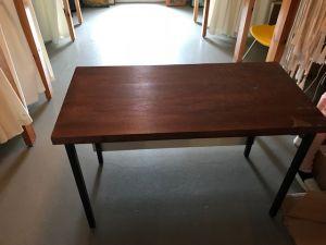 Pöytä 50 x 110 cm, kork. 72 cm