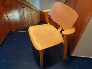 Domus-tuolit