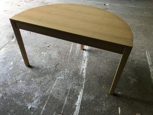 Pöydät 12 kpl