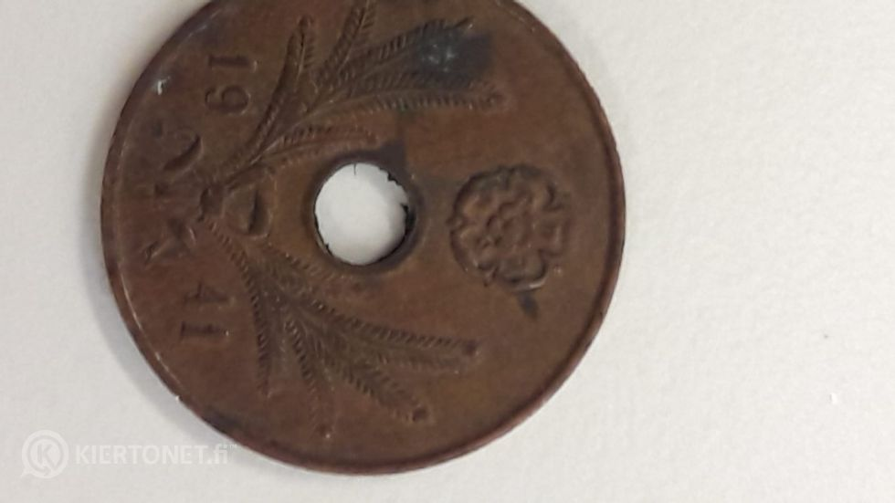 Kokoelma vanhoja kolikkoja
