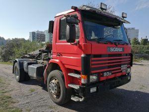 Scania 93M vaihtolavalaitteella vm. -90