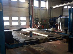 Nelipilarinen ajosiltanosturi Bradbury 40 series 2700kg.
