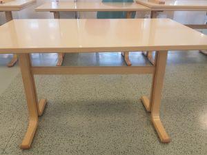 Pöytä 125x80 cm , 11 kpl