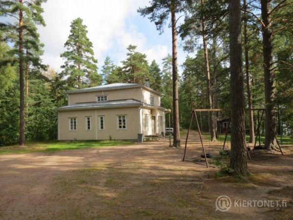 Petäjärannan leirikeskus Kivijärven rannalla, Luumäki