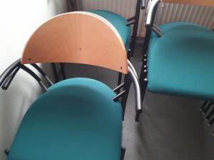 Toimisto tuolit.