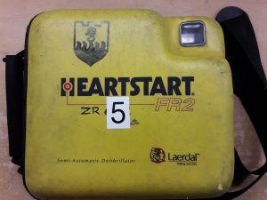 Heartstart FR2 defibrillaattori nro. 5.
