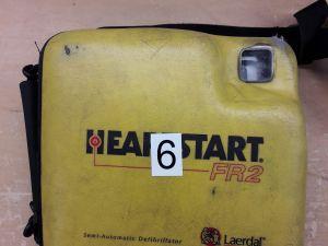 Heartstart FR2 defibrillaattori nro. 6.