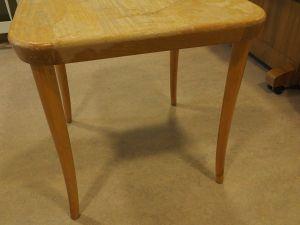 Pöytä, puu, 1 kpl (4)