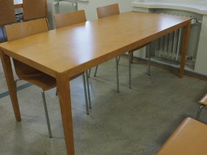 Pöytä, puu, 6:lle, 20 kpl (1)