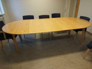 Neuvottelupöytä, puu, 1 kpl (2)