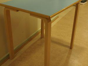 Artek pöytä, siniharmaa, 5 kpl (4)