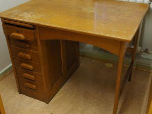 Billnäs kirjoituspöytä, 1 kpl (2)