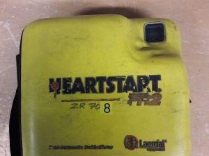 Heartstart FR2 defibrillaattori nro. 8.