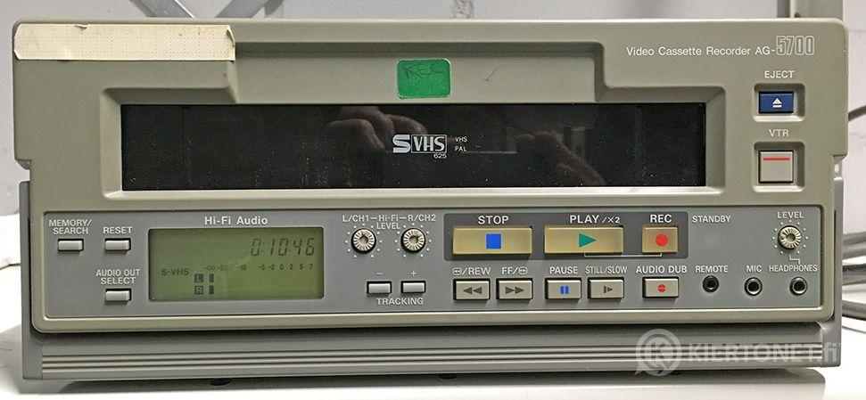 Panasonic AG-5700 S-VHS Video Casette Recorder