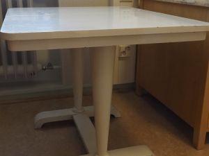 Pöytä, puu, valkoinen, 1 kpl (3)