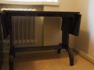 Pöytä, puu, ruskea, 1 kpl (2)