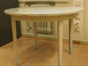 Pöytä, puu, vaalea, 1 kpl (1)