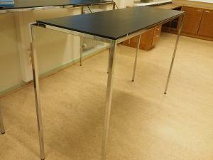 Pöytä, musta, metallijalat, 3 kpl (2)