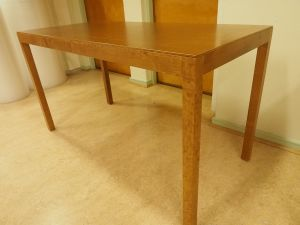 Pöytä, puu, 2 kpl (6)