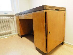 Työpöytä, puu, 1 kpl (1)
