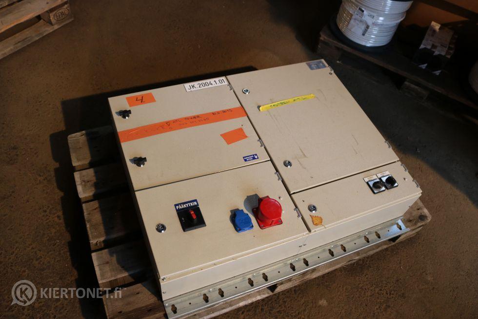 Sähkökaappi (4)
