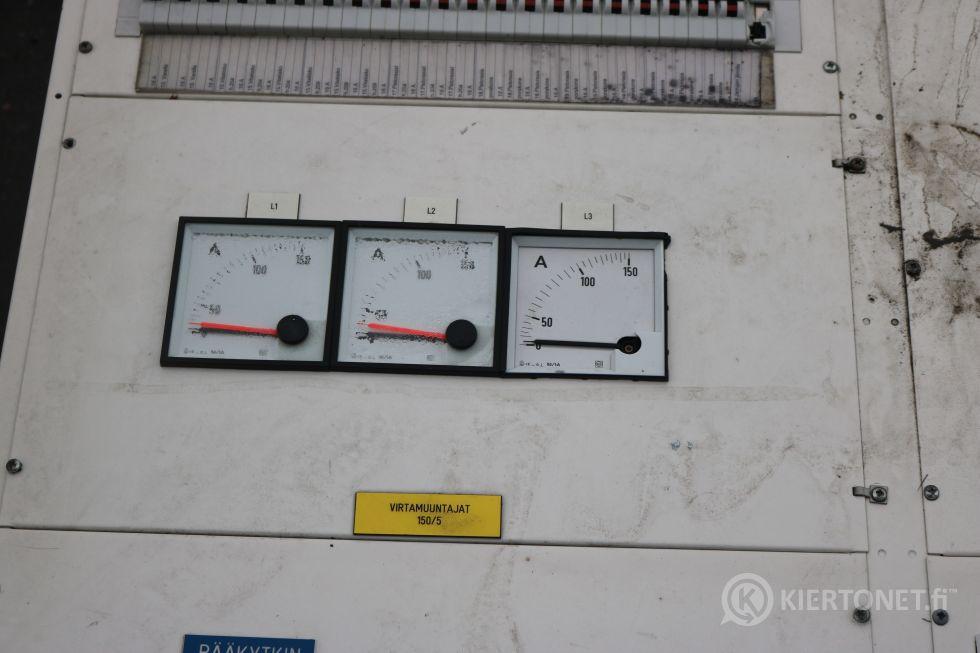 sähkökaappi 10