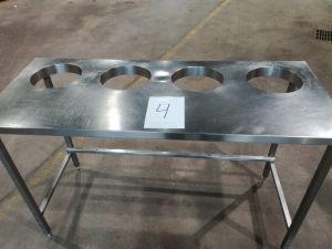 Rosteripöytä nro 4