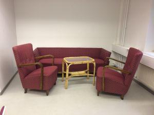 Sohva + 2 nojatuolia