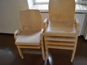 Tuoli 4kpl (oikeasti 6 kpl)