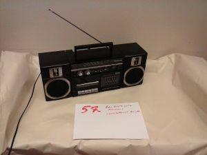 Panasonic radio ja kasettisoitin  (57)