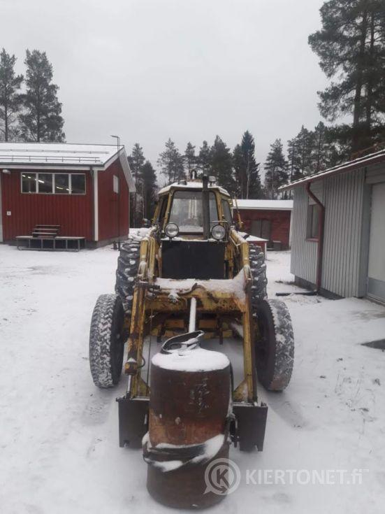Traktorikaivuri Valmet 1100
