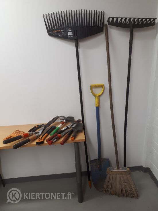 Puutarhatyökalut, erä 2