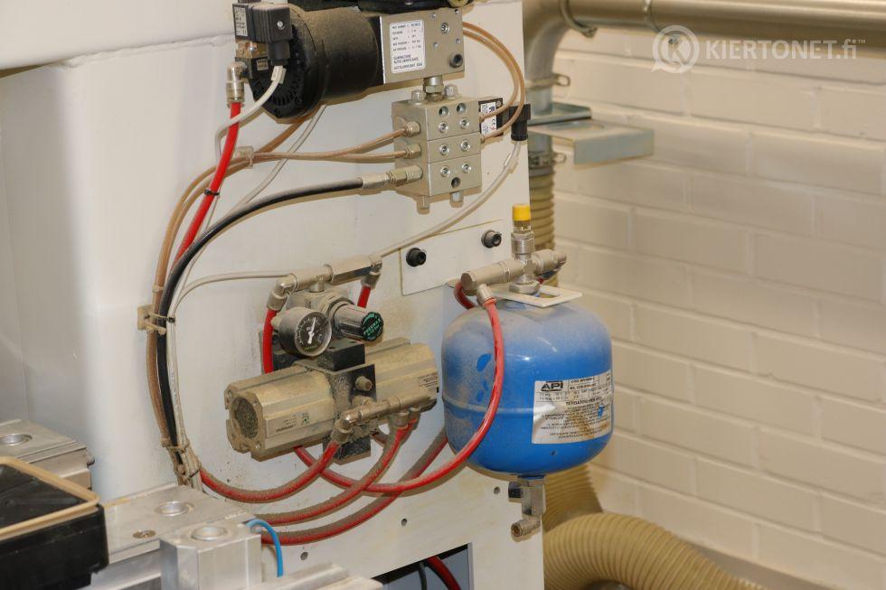 CNC puuntyöstökeskus - Morbidelli Author 327