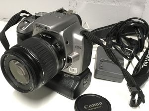 Canon EOS 350D + EF-S 18–55 mm 1:3.5–5.6 II USM