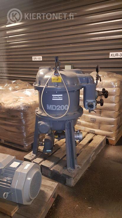 Kompressori Atlas Copco  ZR75 ja kuivain MD200