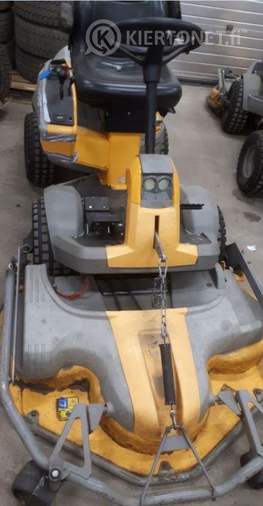 Stiga Park Pro Svan 4WD -etuleikkuri