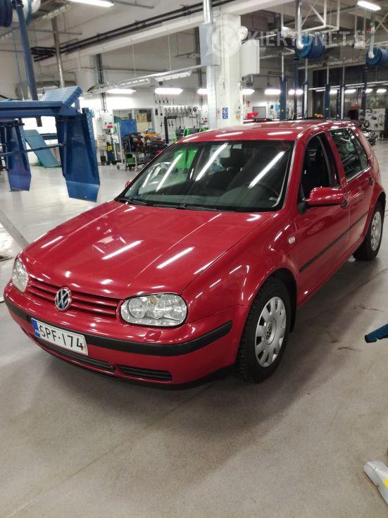 VW Golf 1,9TDI HB Trend -03 324000tkm.