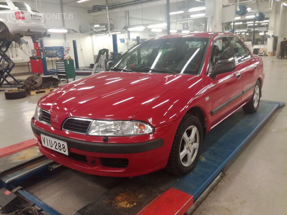 Mitsubishi Carisma 1,6i aut. -99 293000tkm.