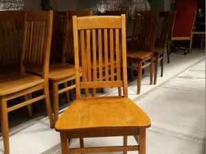 Hyväkuntoisia Billnäsin tuoleja 4 kpl