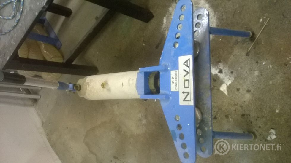 Nova hydraulinen putkentaivutin