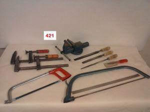 Ruuvipenkki ja käsityökaluja  (421)