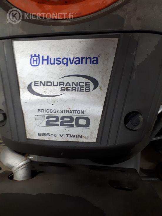 Husqvarna R 422Ts AWD -etuleikkuri