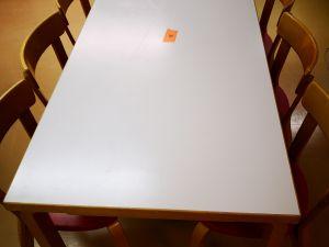Artek pöytä koko 150x75 (207)