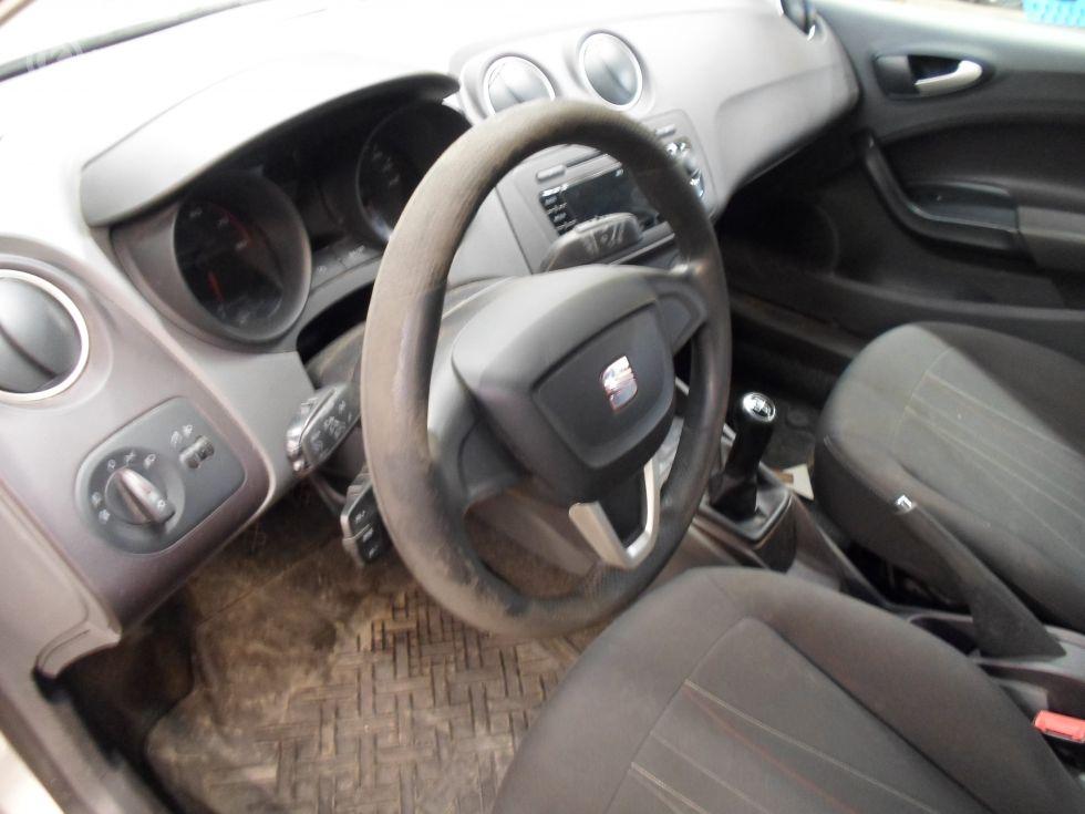 Myydään Seat Ibiza