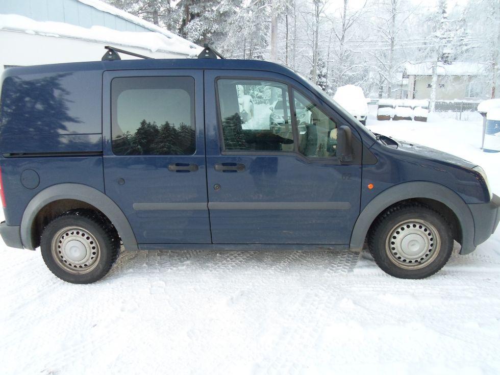 Myydään Ford Transit Connect 1,8 pakettiauto