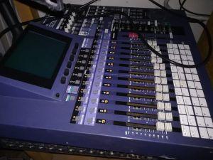 Roland VM-7200 äänentoistolaitteisto