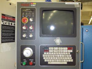 Pystykarainen työstökeskus FADAL VMC 3016L Vuosimalli 2000